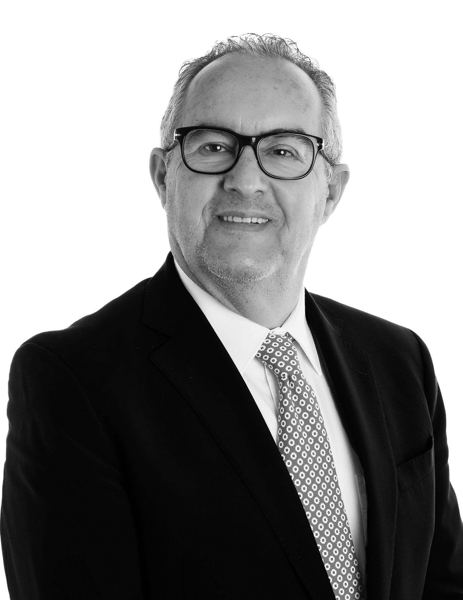 Milton Küster